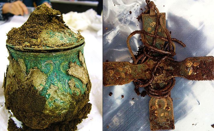 В шотландии кладоискатель–любитель нашел сокровища викингов .